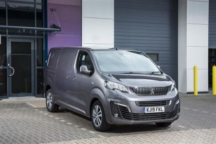 Peugeot Expert Van Compact 1400Kg 2.0 BlueHDi FWD 120PS Professional Van Manual [Start Stop]