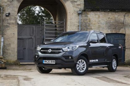Ssangyong Musso Pickup Pick Up LWB Double Cab 4WDS 2.2 d 4WS 181PS Rhino Pickup Double Cab Auto