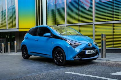 Toyota Aygo Hatchback Funroof Hatch 5Dr 1.0 VVTi 71PS x-trend 5Dr Manual