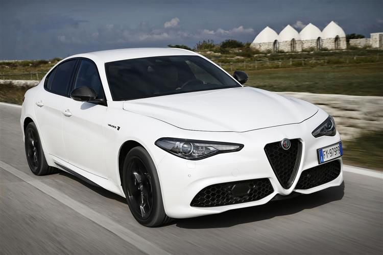 Alfa Romeo Giulia Saloon 2.9 V6 Bi-Turbo 510PS Quadrifoglio 4Dr Auto [Start Stop]