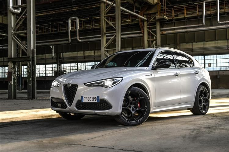 Alfa Romeo Stelvio SUV Q4 AWD 2.9 V6 Bi-Turbo 510PS Quadrifoglio 5Dr Auto [Start Stop] [Driver Assistance Plus]