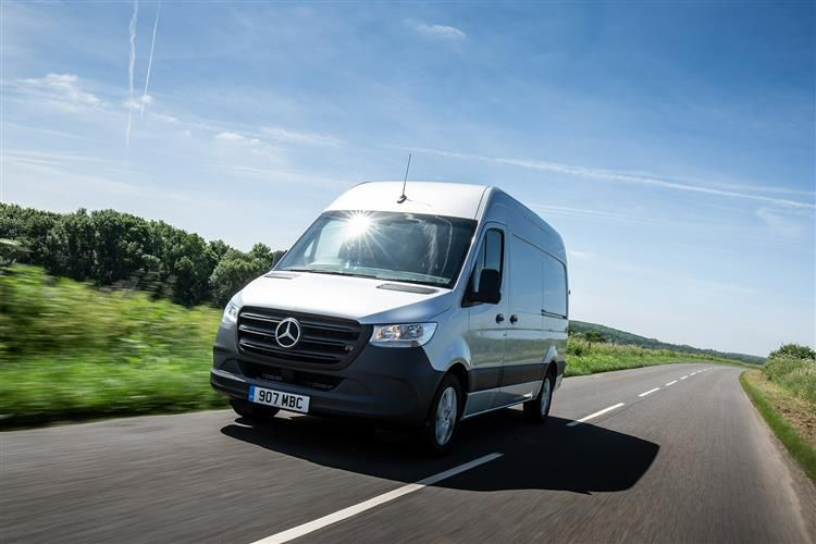 Mercedes-Benz Sprinter 317 L3 3.5t 2.0 CDi RWD 170PS Progressive Chassis Cab Manual [Start Stop]